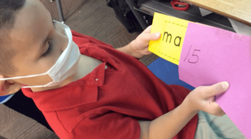 Blending Game-Mystery Word Envelope in Classroom